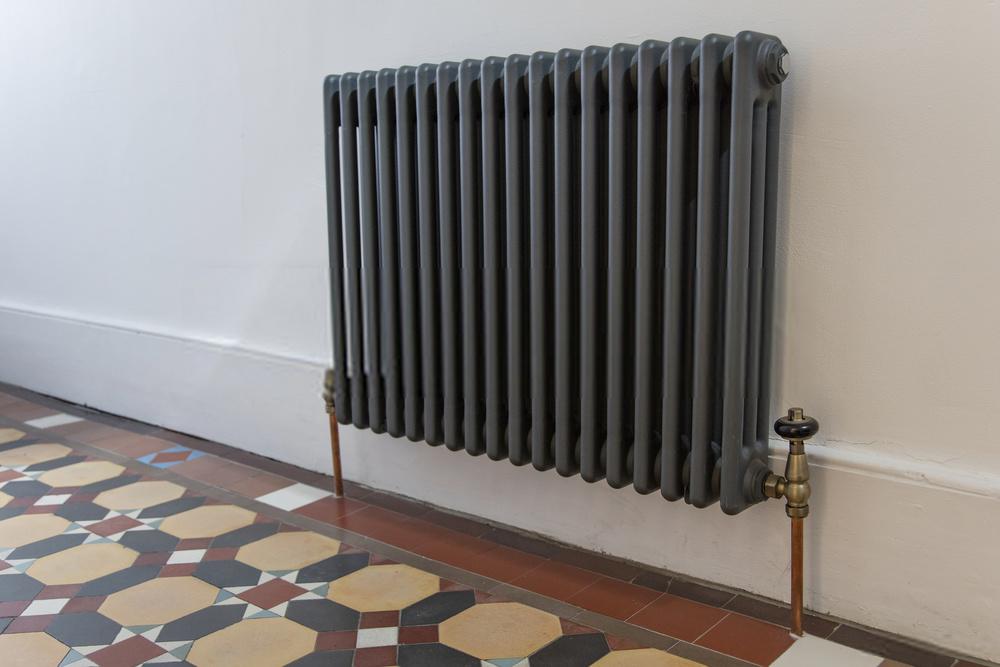 Hoe ontlucht je Jaga een radiator?